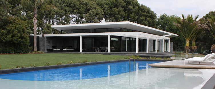 Swimming pool design projects and photos mark cashmore for Pool design nz